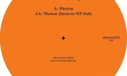 Powerplay: Deetron – Photon (Character) // 04.12.2014